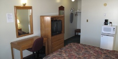 Executive Suite at the Hilltop Motor Inn in Elk Point, Alberta near St. Paul, Vermillion, Bonneyville and Cold Lake.